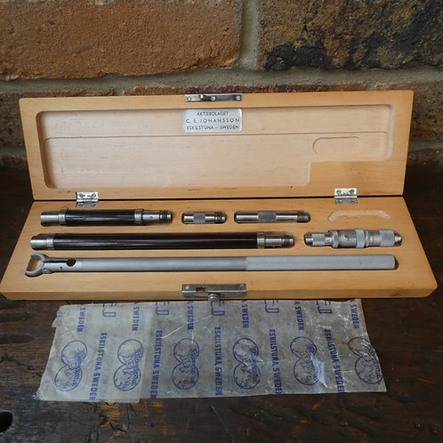 A Fine Boxed Inside Micrometer Set - C E Johansson Sweden