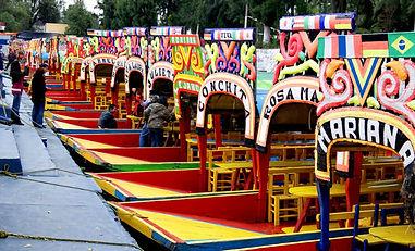 trajineras-de-xochimilco.jpg