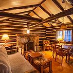 Cabin15_livingroomc.jpg