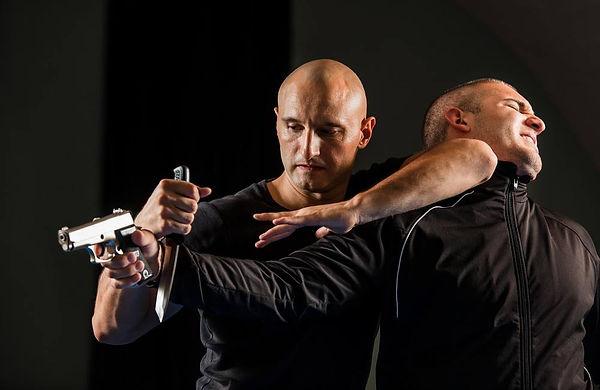 Knife-For-Self-Defense.jpg