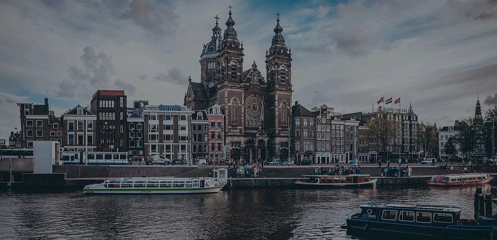 CRC-Amsterdam_splash.jpg