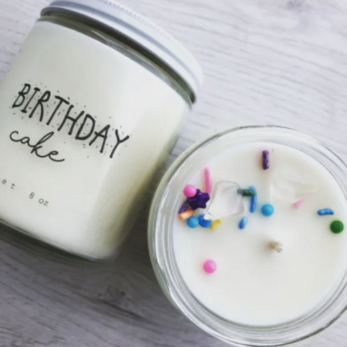 BIRTHDAY CAKE 8OZ CANDLE