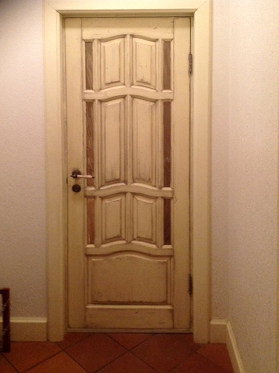 distress_door (3)