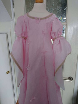 Child's mmedieval fantasy gown