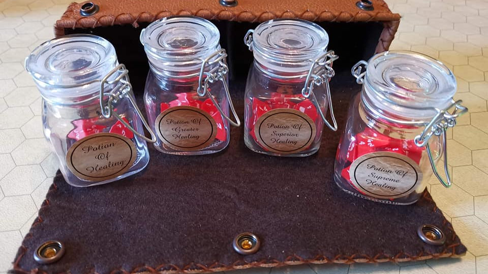 Healing potion set in Leather case - made to order
