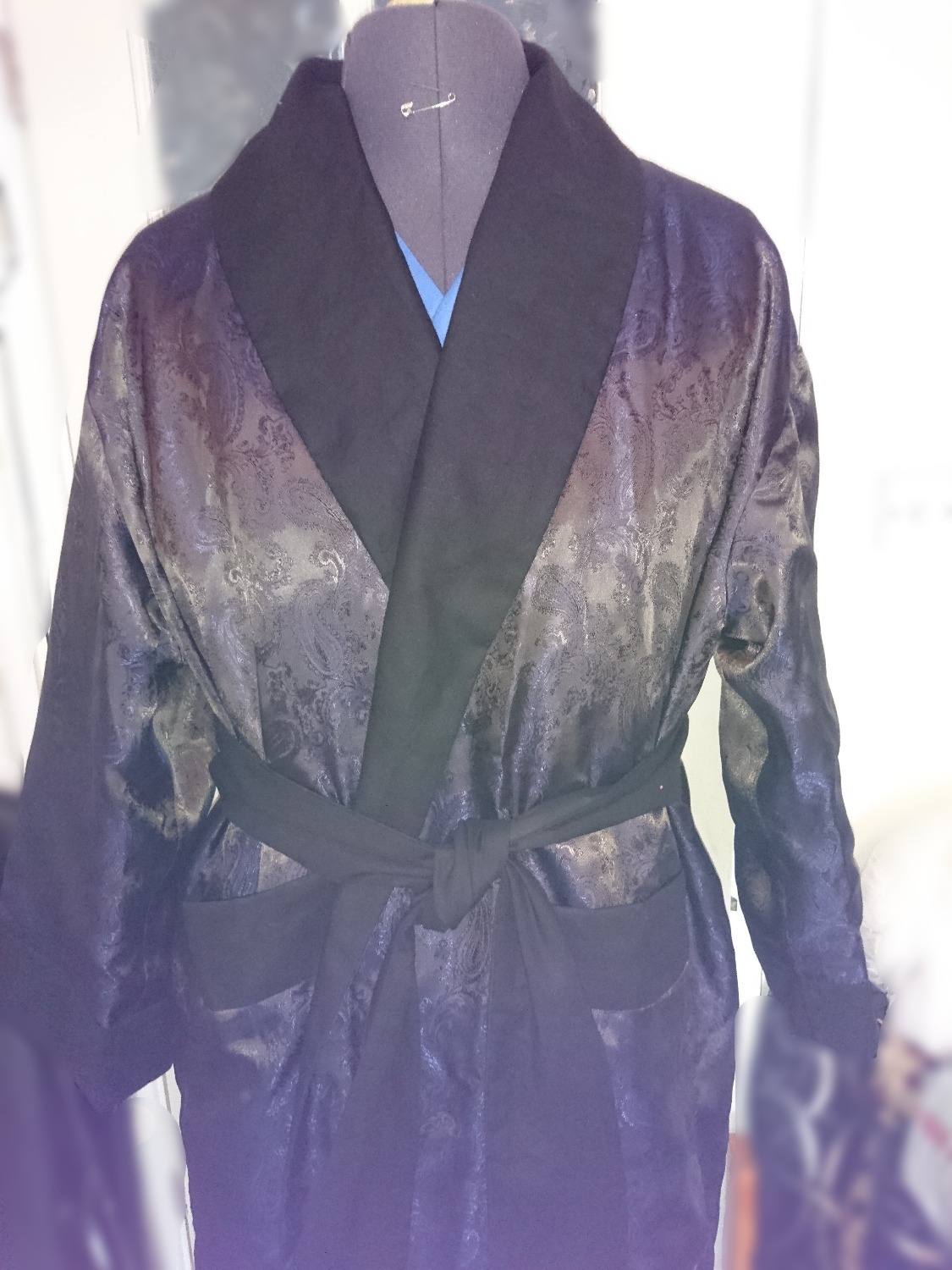 Vintage style gents drssing gown / smoking robe
