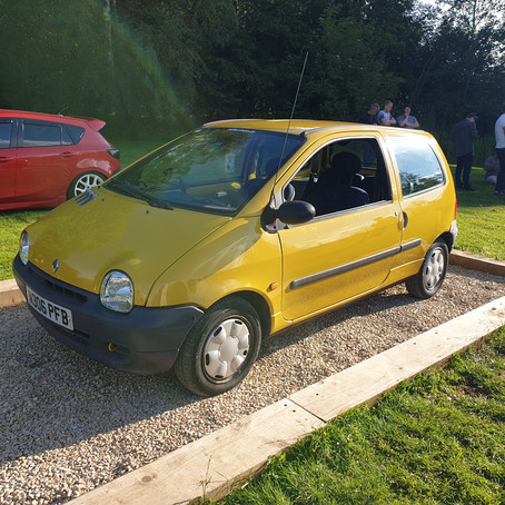 The French Connection - Living with a 90s Twingo (#1)