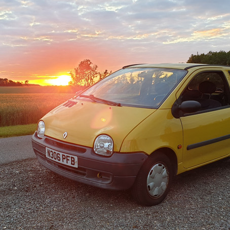 The French Connection - Living with a 90s Twingo (#3)