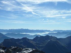 Gipfelsicht Wanderung Engadin.jpg