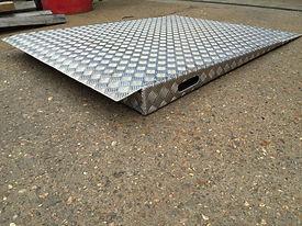 Aluminium checker plate ramp