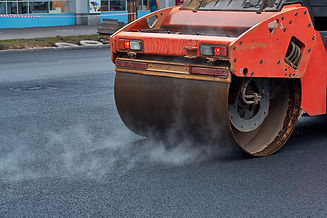 Heavy asphalt roller that stack and pres