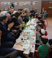 Yavneh Grandparents Mock Seder 2019_2458