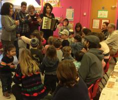 Yavneh Grandparents and Grandchildren with JOY 2017
