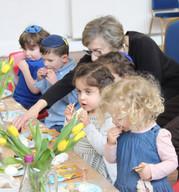 Yavneh Grandparents Mock Seder 2019_2467