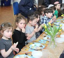 Yavneh Grandparents Mock Seder 2019_2465