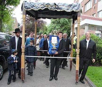 sefer-torah-2012-022red