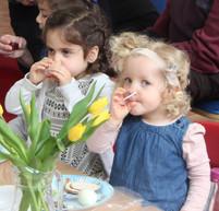 Yavneh Grandparents Mock Seder 2019_2444