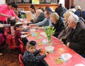 Yavneh Grandparents Mock Seder 2019_2413