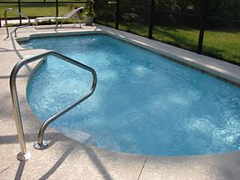 pool-poolside-swimming-pool-261238.jpg