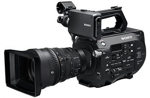 SonyPro_FS7 with Lens.jpg