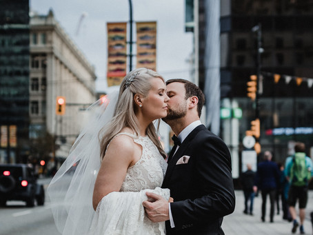 Downtown Vancouver, Old Hollywood Inspired Wedding - Lesley-Anne & Kevin