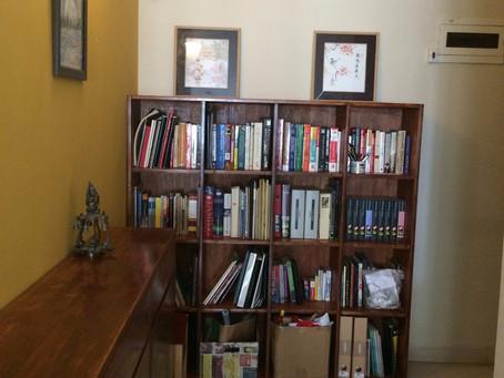 Finishing the Bookshelf & Shoerack