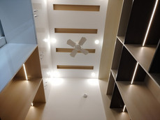 Ceiling of WalkInCloset.jpg