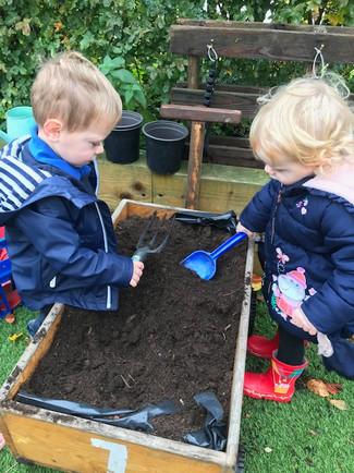 Niamh & Jack Planting