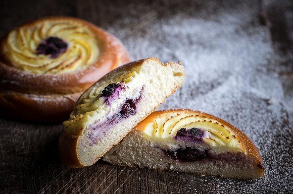 Karaway Cream Cheese & Blueberry Vatrushka