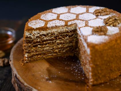 Honey&walnutcakesmall3.png
