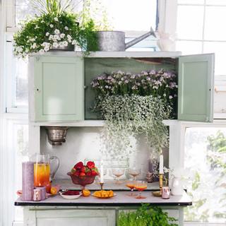 Montana-Wedding-Style-Greenhouse-Waterin