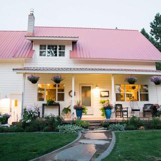 Montana-Wedding-Farmhouse-Flower-Farm.jp
