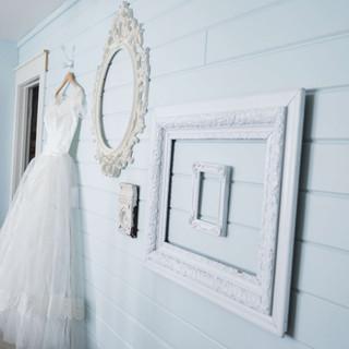 Montana-Wedding-Venue-Bridal-Gown-Gettin