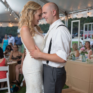 Montana-Wedding-Bride-Groom-Dance.jpg