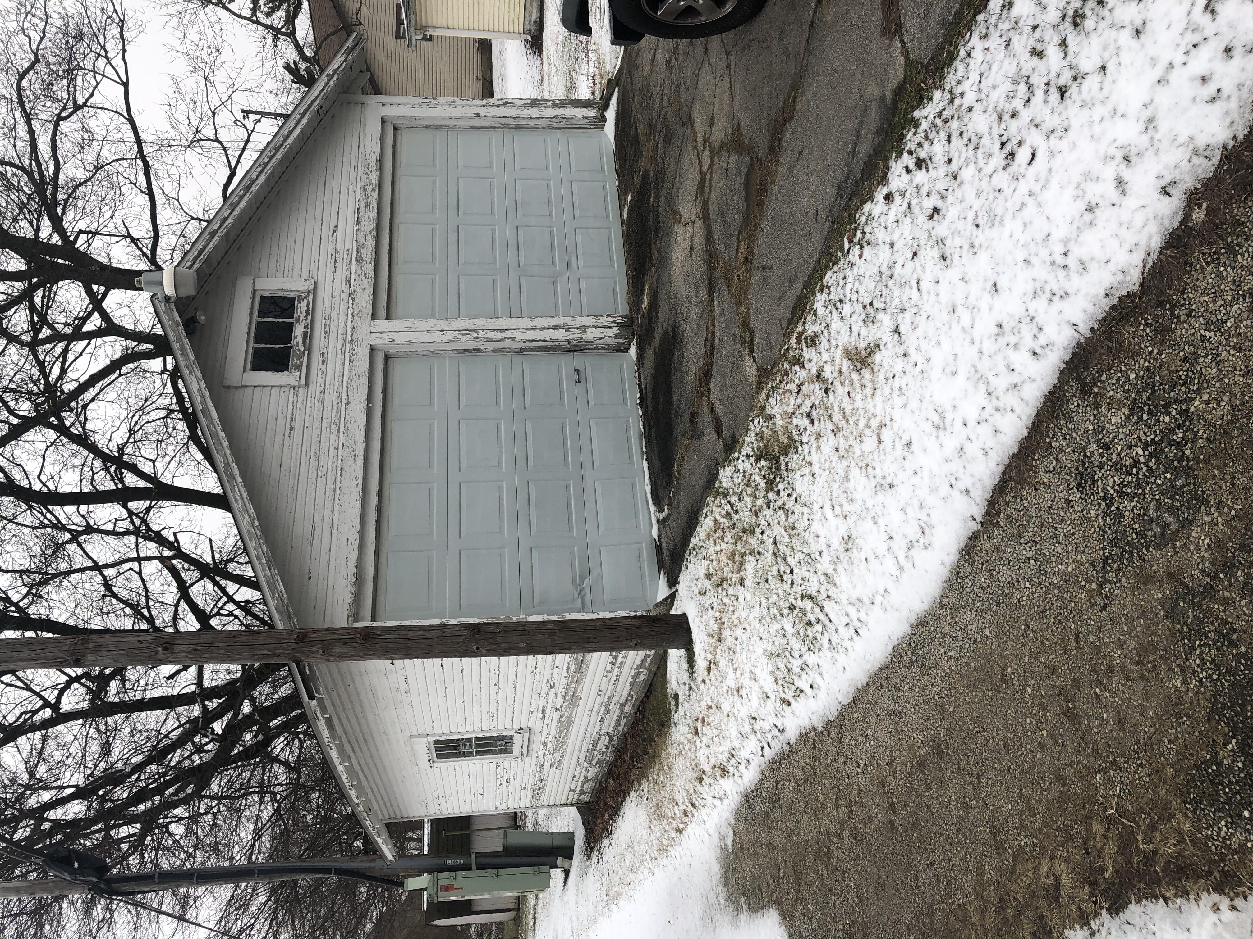 421 S Monroe St. Hartford City -01