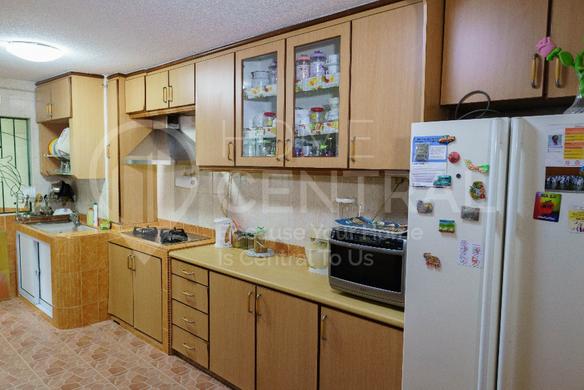 Kitchen 4.jpeg.png