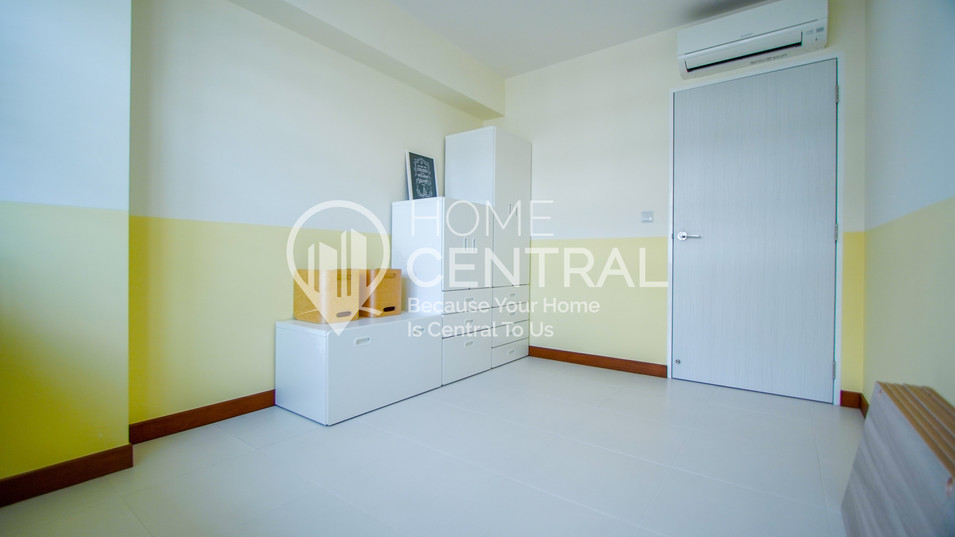 14 Bedroom 2-2 DSC01020-HDR-min.jpg