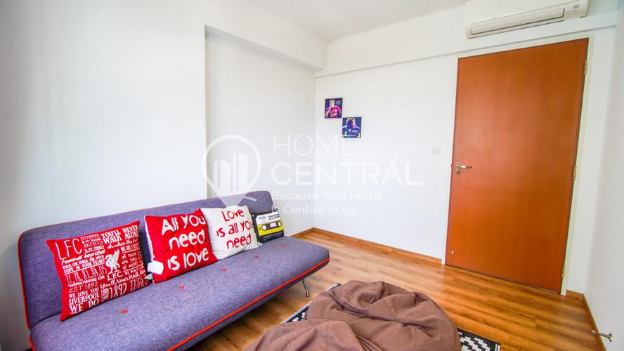 17 Bedroom 2-2 DSC01113-HDR-2-min.jpg