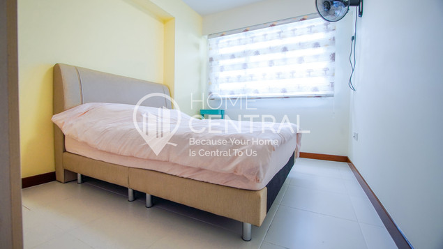 12 Bedroom 1-1 DSC00927-HDR-min.jpg