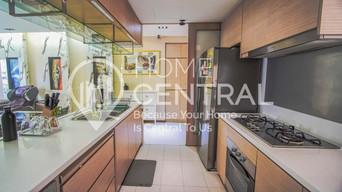 8 Kitchen 2 DSC02737-HDR-min-min.jpg