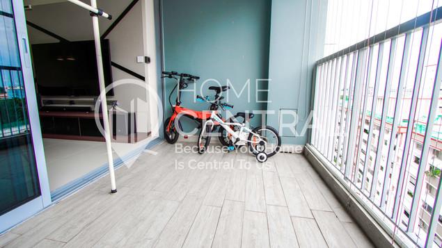 5 Balcony 2 DSC02689-HDR.jpg