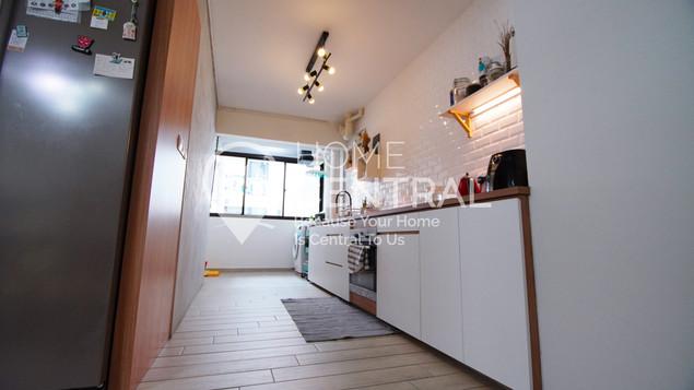 Kitchen 2 DSC00353.jpg