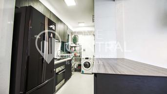 8 Kitchen 1 DSC02701-HDR.jpg