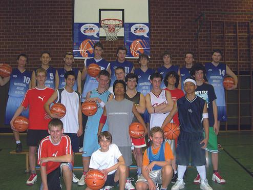 BB_Grab_the_Ball_Aktion2005.jpg