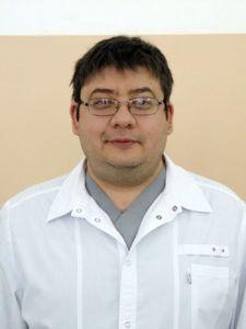 Травматолог-ортопед Байрамкулов Э.Д.