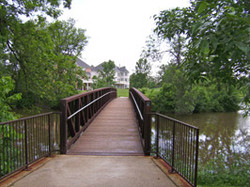 Pedesterian-bridge-at-McCul