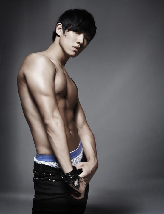 3. Lee Joon (Mr. Baek).jpg