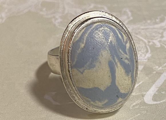 Periwinkle Swirl Oval Ring