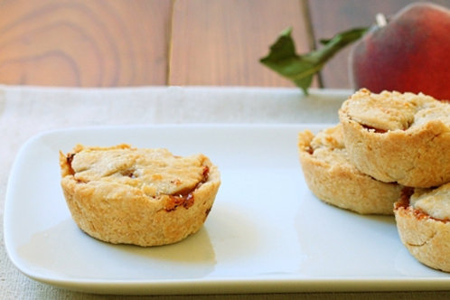 Mini Peach Cobbler Pie