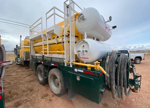 2015 Kenworth Hot Oil Truck